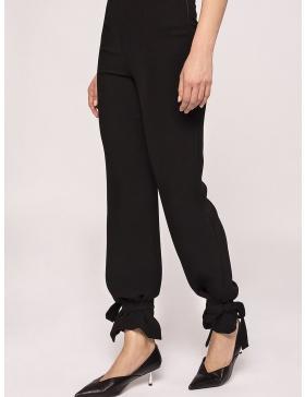 Pantaloni cu talie inalta si partea de jos ajustabila