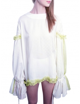 The Romanian blouse II