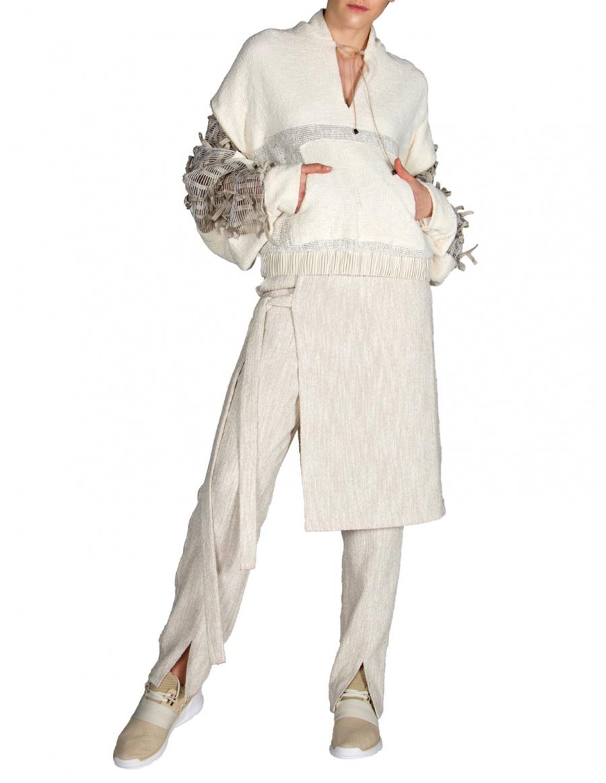 Hanorac alb tricotat cu fundițe