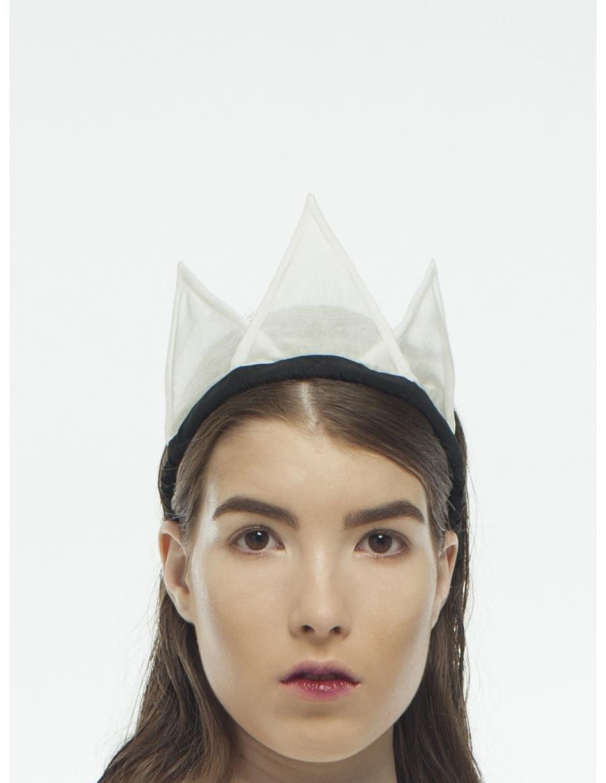Coroana alba din organza