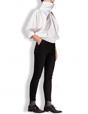 Jeans negru elastic cu terminatie asimetrica